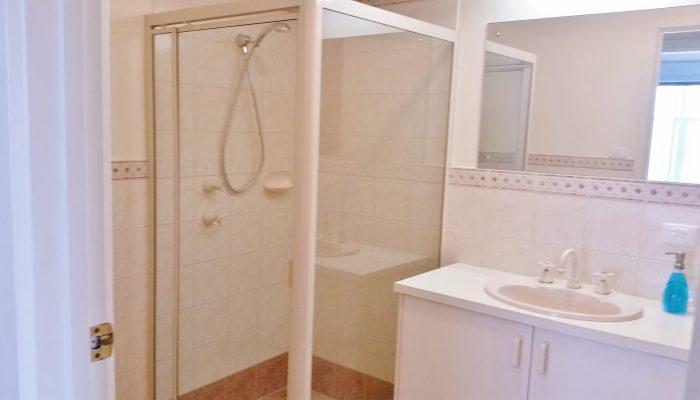 Beachcomber Port Elliot Encounter Holiday Rentals Downstairs Bathroom