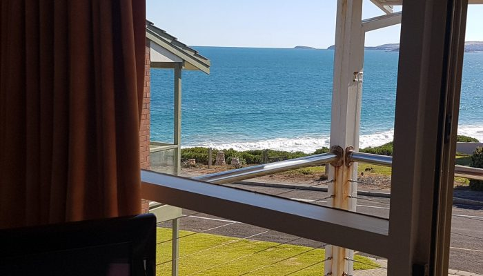 Meridian Port Elliot Encounter Holiday Rentals Lounge View