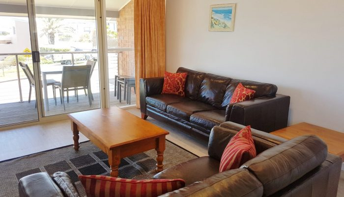 Meridian Port Elliot Encounter Holiday Rentals Lounges and Outdoor Setting