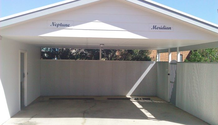 Meridian and Neptune Port Elliot Encounter Holiday Rentals Carports