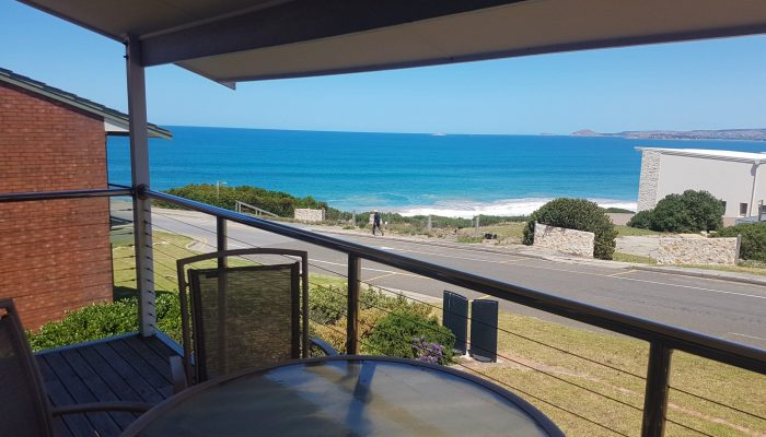 Neptune Port Elliot Encounter Holiday Rentals View with Outdoor Setting
