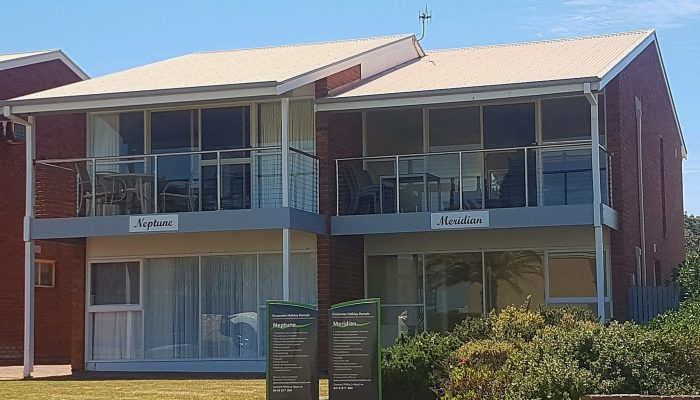 Neptune and Meridian Port Elliot Encounter Holiday Rentals Beachfront Homes